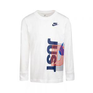 NIKE t-shirt graphic